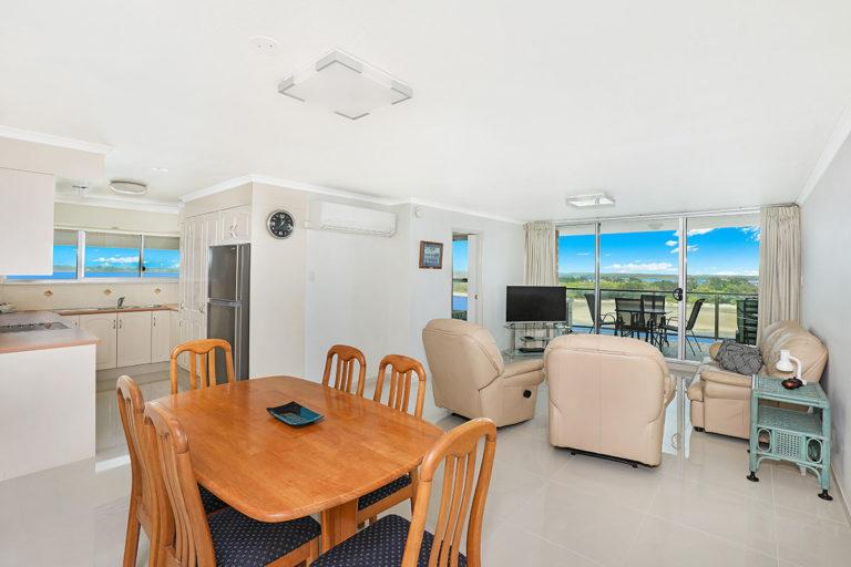 1200-premium-maroochydore-accommodation10