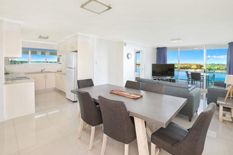 1200-premium-maroochydore-accommodation2