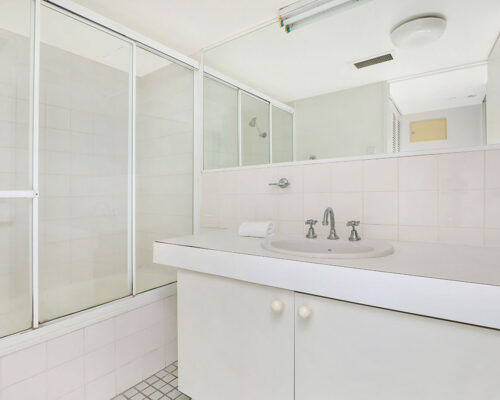 1200-premium-maroochydore-accommodation20
