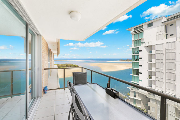 1200-premium-maroochydore-accommodation21