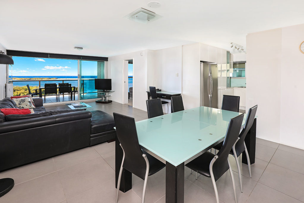 1200-premium-maroochydore-accommodation26