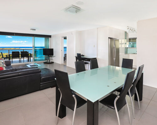 1200-premium-maroochydore-accommodation26