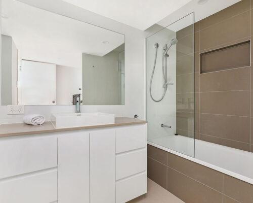 1200-premium-maroochydore-accommodation3