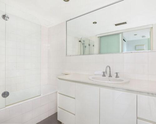 1200-premium-maroochydore-accommodation30