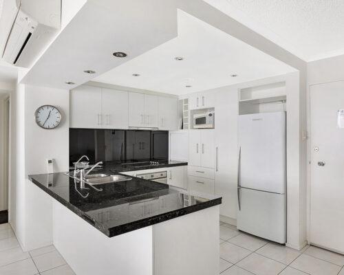 1200-premium-maroochydore-accommodation37