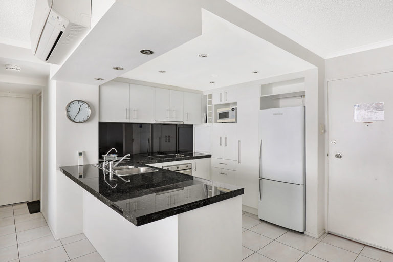 1200-premium-maroochydore-accommodation37
