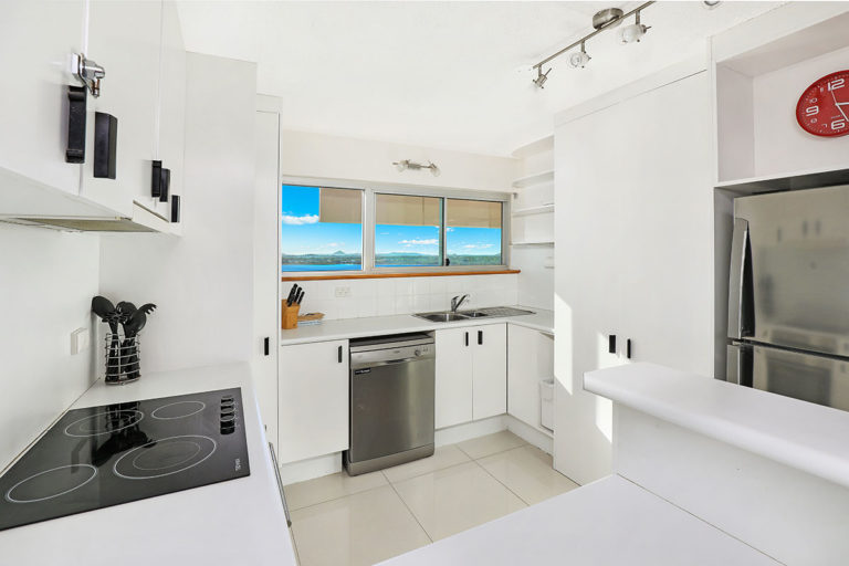 1200-premium-maroochydore-accommodation44