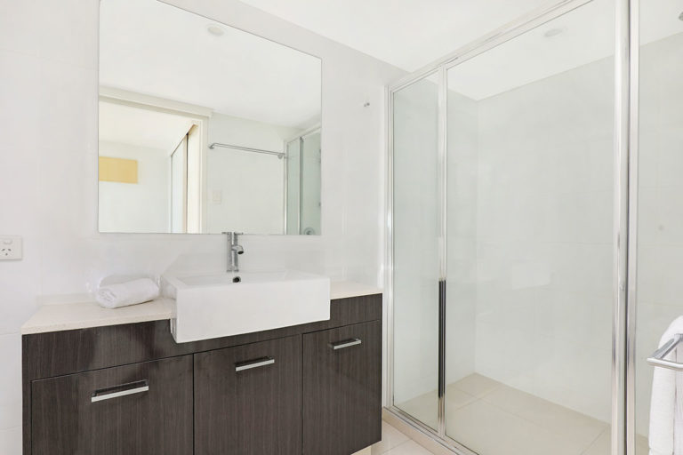 1200-premium-maroochydore-accommodation46