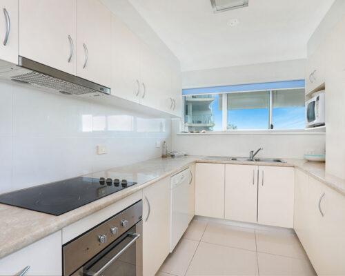 1200-premium-maroochydore-accommodation5