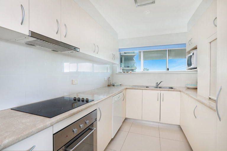 1200-premium-maroochydore-accommodation5