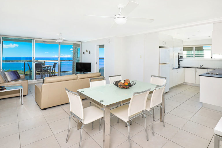 1200-premium-maroochydore-accommodation50