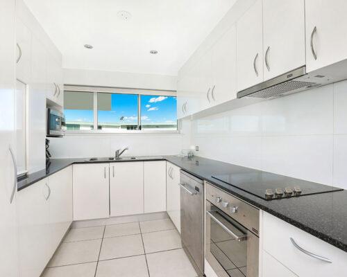 1200-premium-maroochydore-accommodation52
