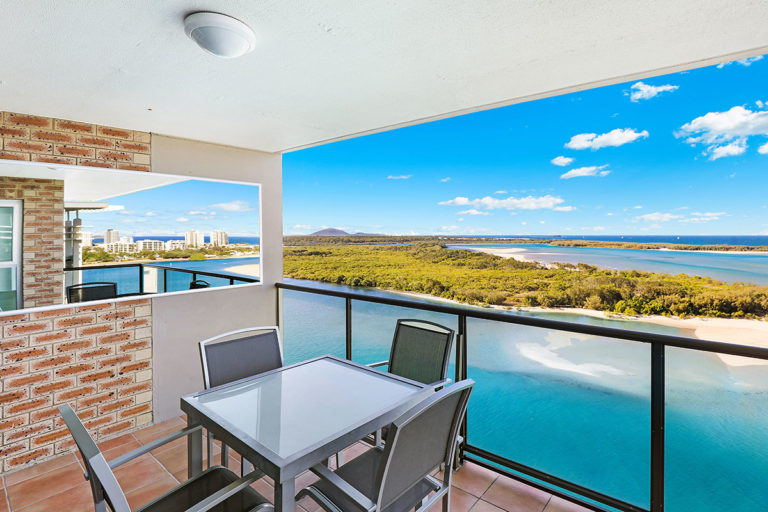 1200-premium-maroochydore-accommodation55