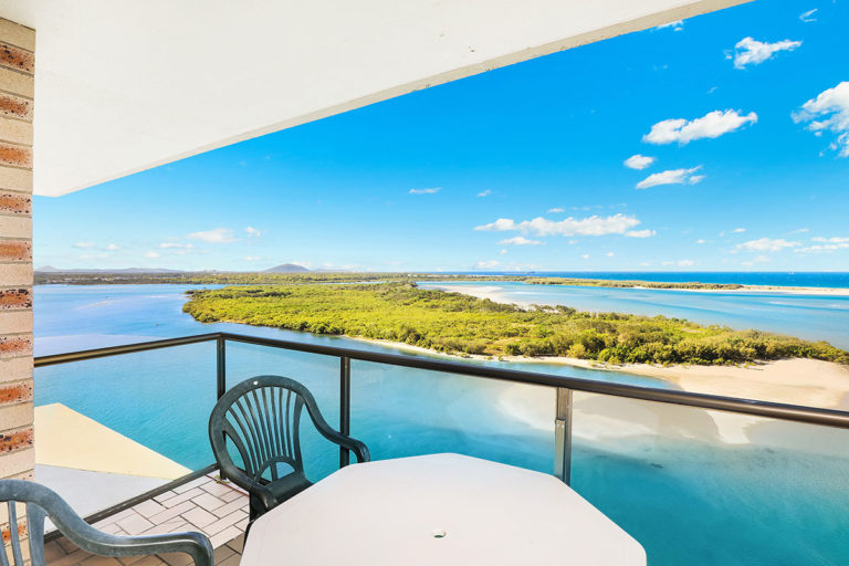 1200-premium-maroochydore-accommodation59