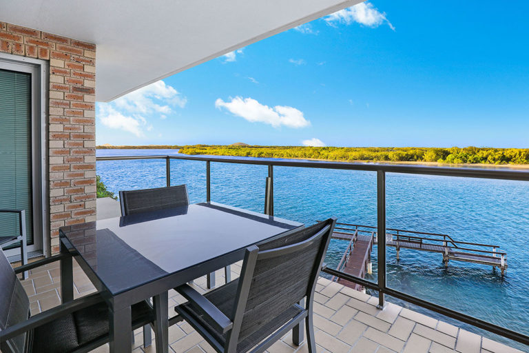 1200-premium-maroochydore-accommodation7
