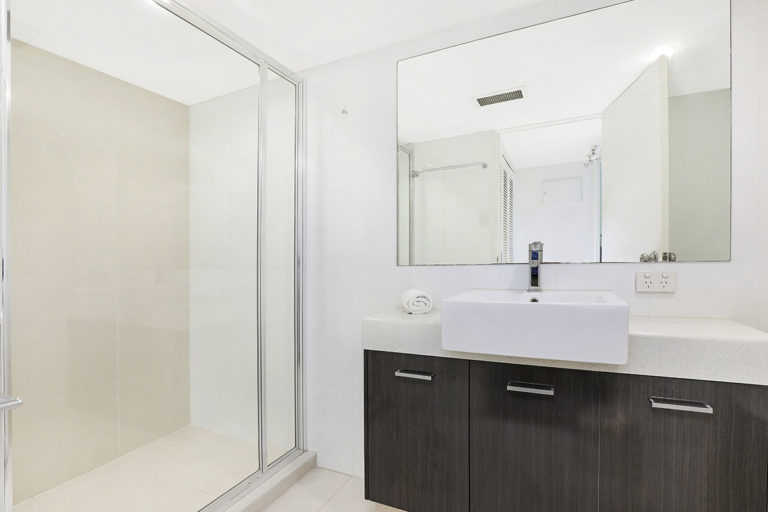 1200-premium-maroochydore-accommodation72