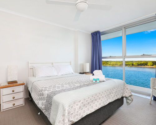 1200-premium-maroochydore-accommodation8