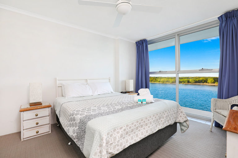 1200-premium-maroochydore-accommodation8