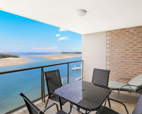 1200-premium-maroochydore-accommodation9