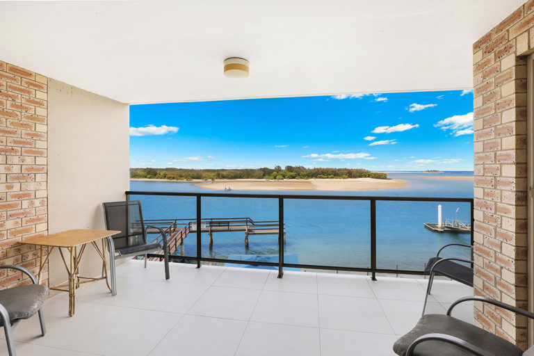 1200-standard-maroochydore-accommodation2