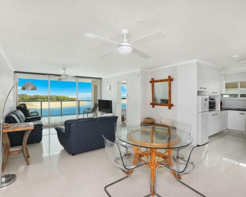 1200-standard-maroochydore-accommodation3