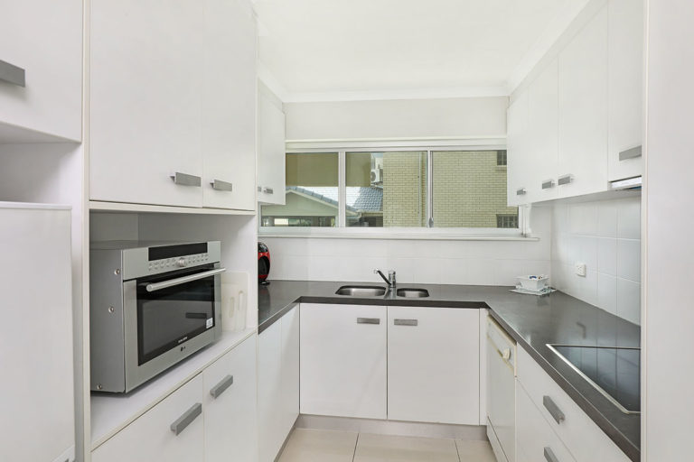 1200-standard-maroochydore-accommodation4